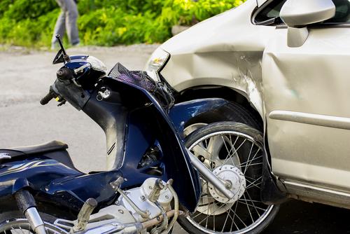 ゴールデンウィーク 事故 多い 原因 バイク