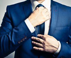 10月 衣替え 暑い スーツ ネクタイ 半袖