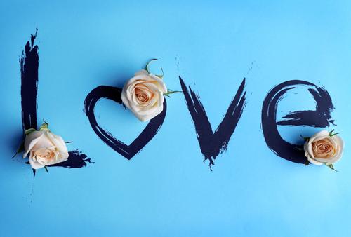 バレンタイン 色 イメージ 意味 効果 青