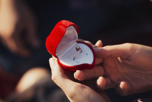 ホワイトデー お返し 結婚 プロポーズ