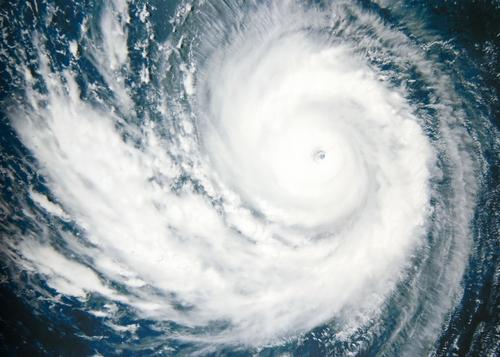 台風 高気圧 山 関係