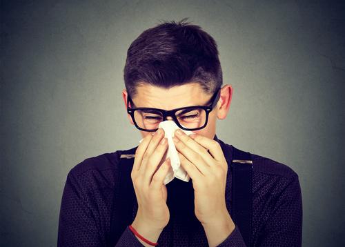 花粉症 夜 鼻水 眠れない
