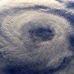 台風の目がなくなるってどういう意味?台風の目の中は青空!